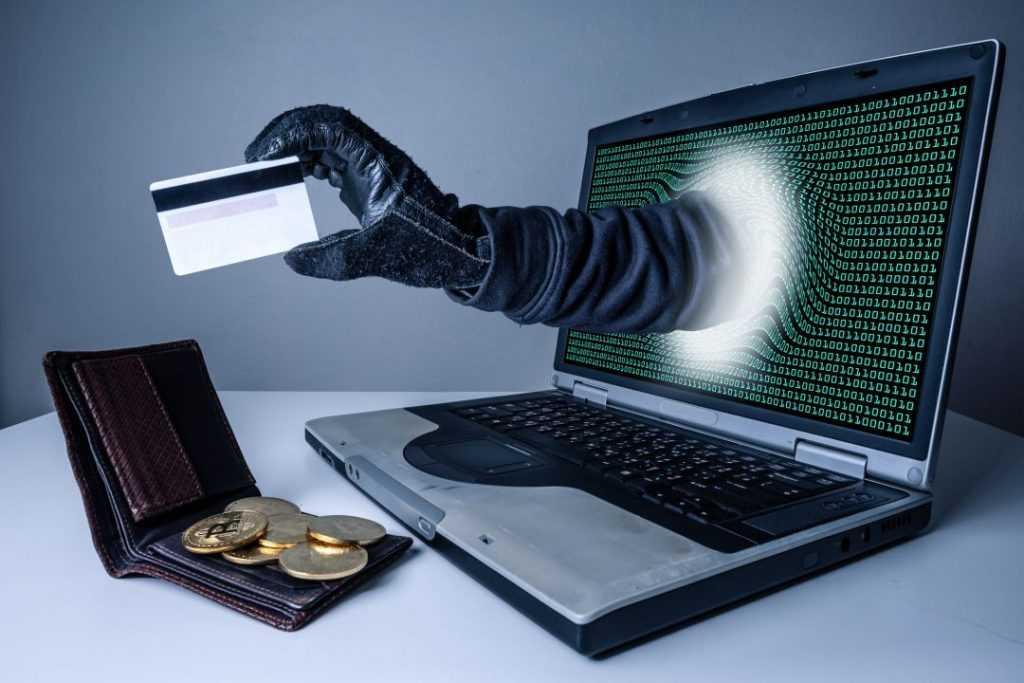 Госдума приняла закон о блокировке сайтов мошенников без суда