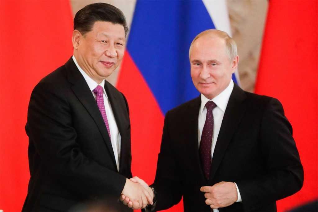 По мнению Трампа, Путин унижает США