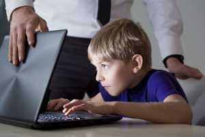 70% россиян считают соцсети главной проблемой детей