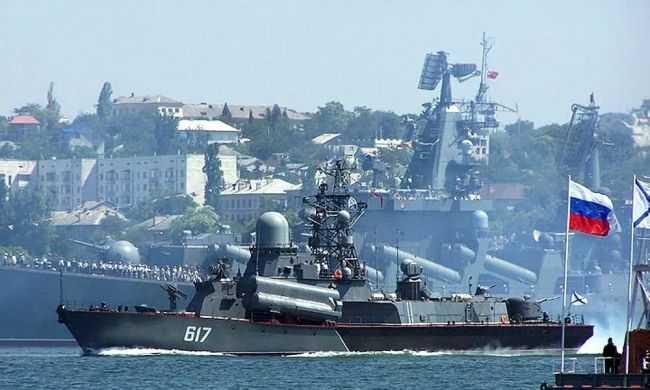 В Черное море зашли корабли ВМС Великобритании и Нидерландов