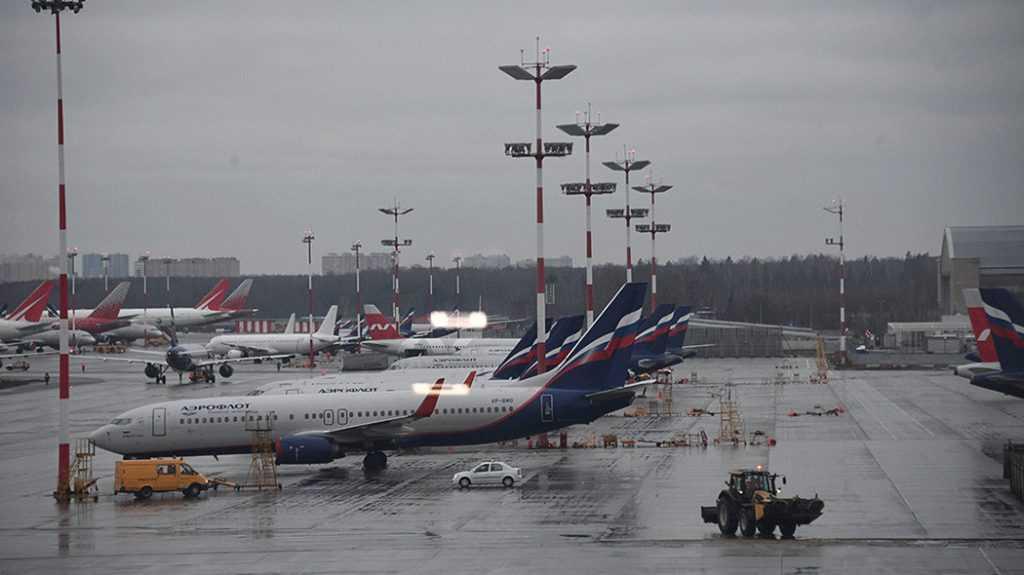 Возобновляются авиаперелеты из России в другие страны