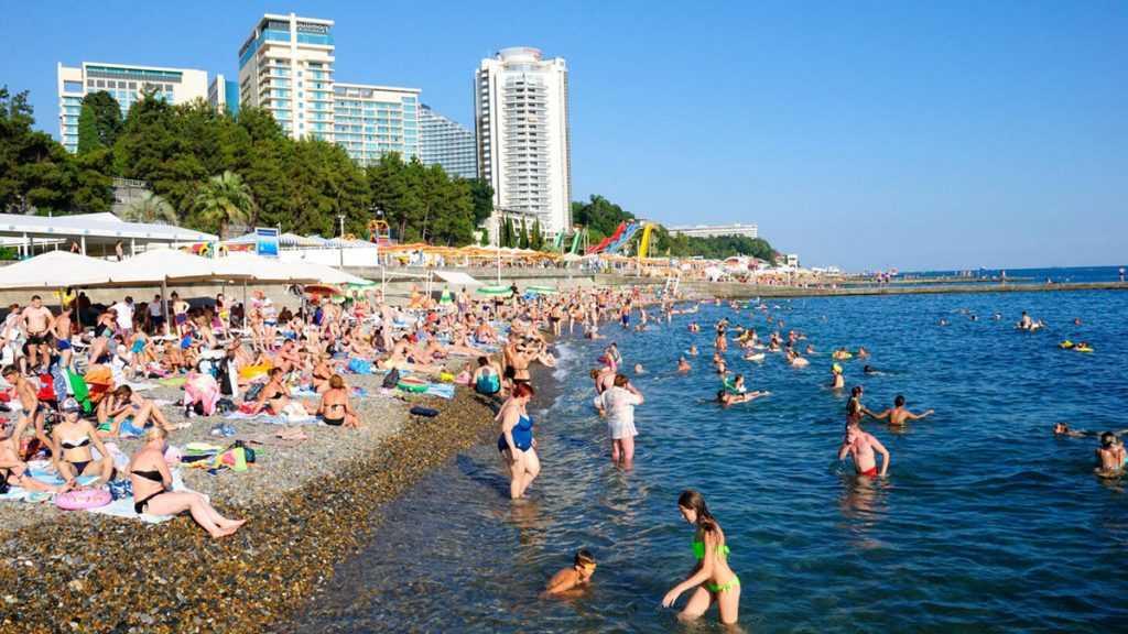 Краснодарские власти уменьшили ограничения для туристов