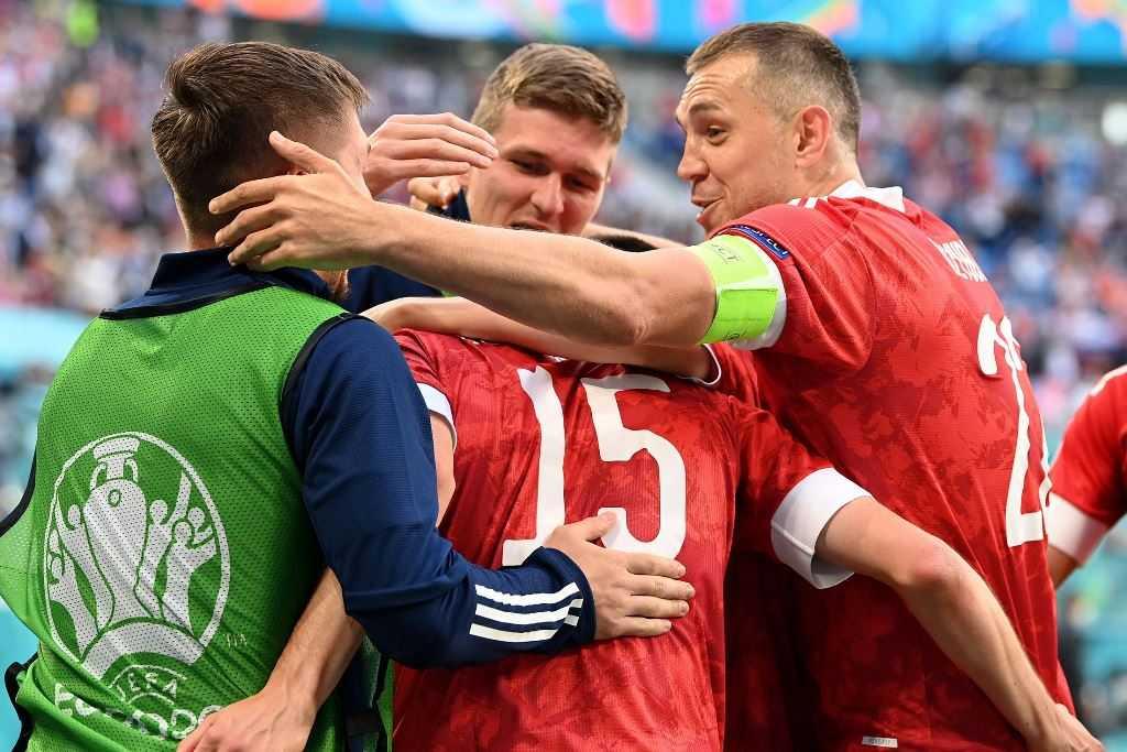 Сборная России выиграла у финнов со счетом 1:0 на Евро-2020
