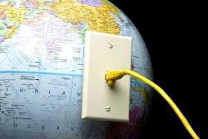Песков дал комментарий по отделению Рунета от глобальной сети