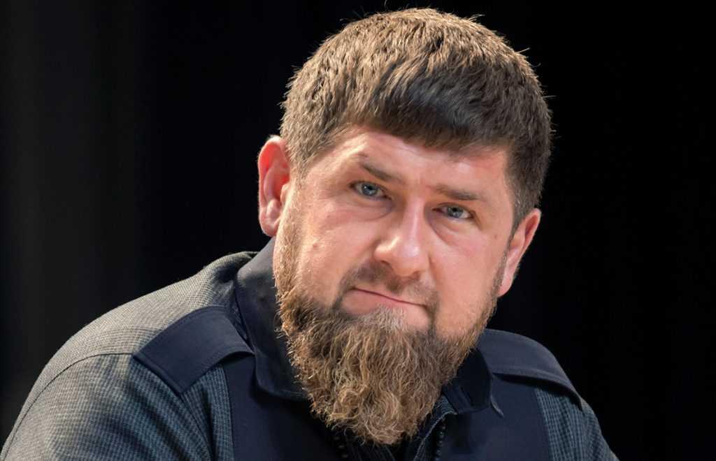 Кадыров сообщил, что в Чечне привьют от коронавируса все взрослое население