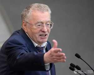 Лидер ЛДПР призывает КПСС не вмешивать Грудинина в политику