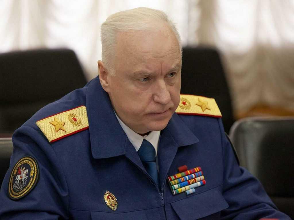 На Урале инвалида не переселяют из сгоревшего барака, делом занялся СК