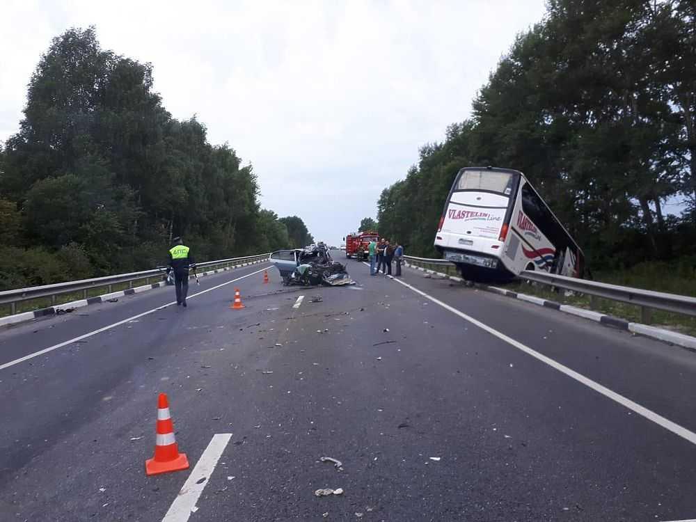 В ДТП в Рязанской области погибло 3 человека