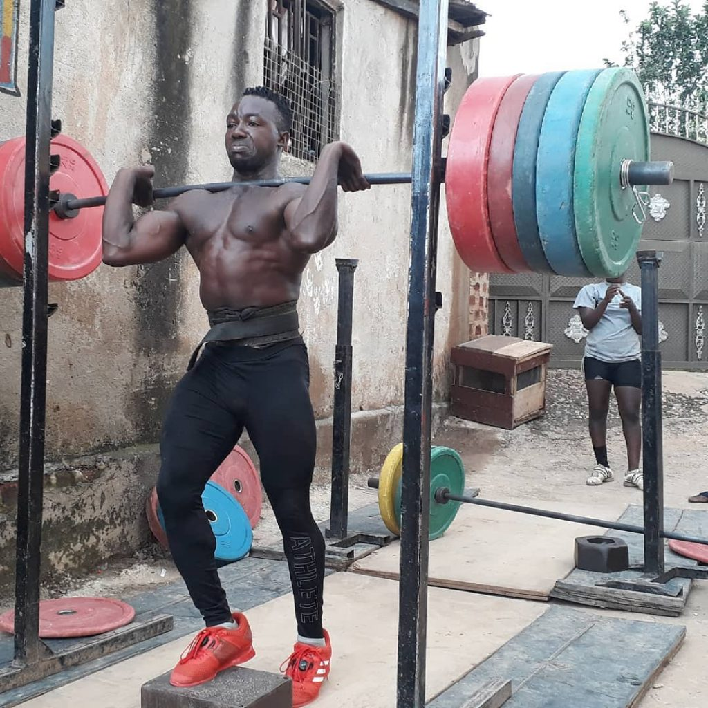 Штангист из Уганды сбежал с Олимпиады в Токио, чтобы не возвращаться на родину