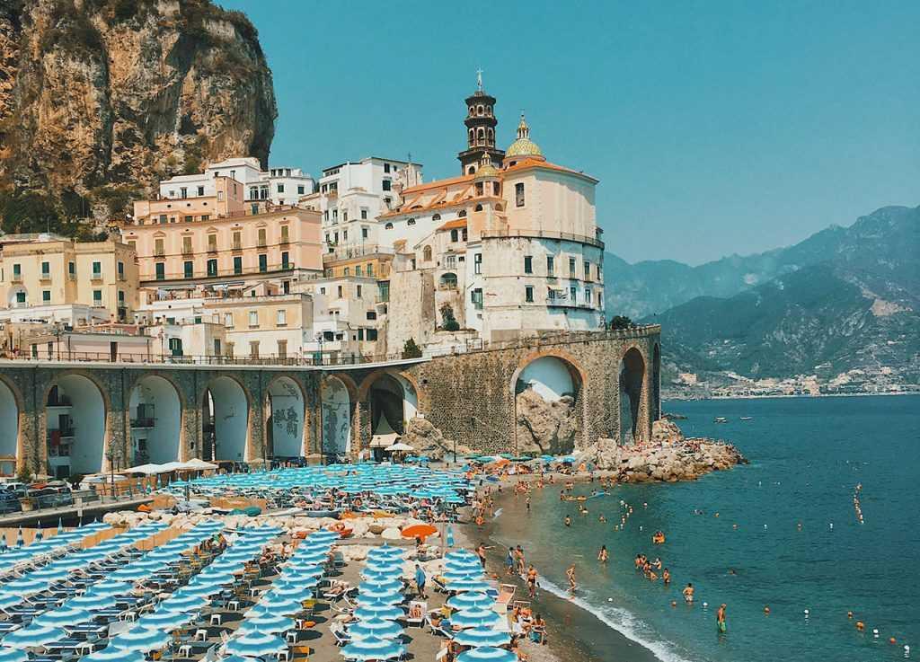 Италию откроют для российских туристов только после вакцинации