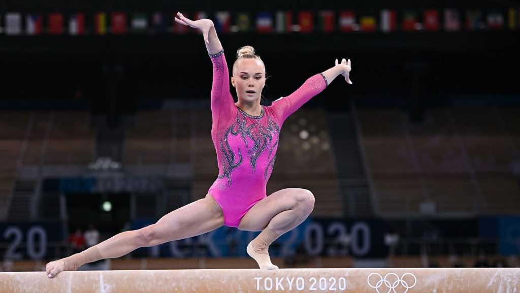 Российская гимнастка Мельникова заняла третье место в Токио