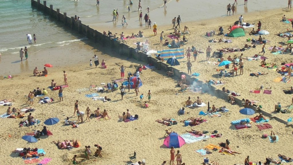 В Сочи открыли пляж, свободный от коронавируса