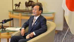 Япония настаивает на срочной встрече Суги и Путина