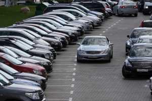 В Москве разыграли 5 автомобилей среди привившихся