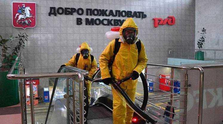 Песков рассказал, почему в России не будет локдауна