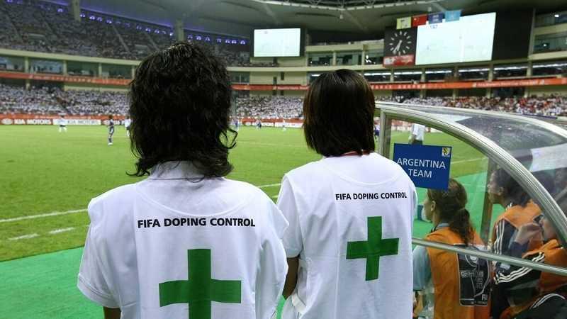 Три российских футболиста были отстранены ФИФА за допинг