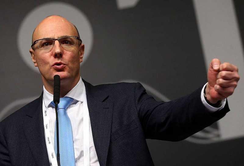 Чернышенко заявил, что беспроводная сеть 5G появится в городах-миллионниках через три года