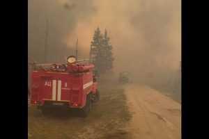 Более 30 домов пострадали от пожара в деревне Бясь-Кюель в Республике Сахаmk.ru