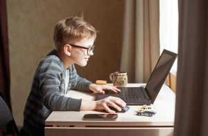 Китайским детям ограничат доступ к онлайн-играм