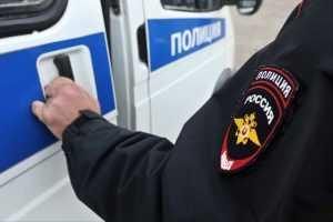 Голая туристка из Москвы напала на полицейских в Крыму