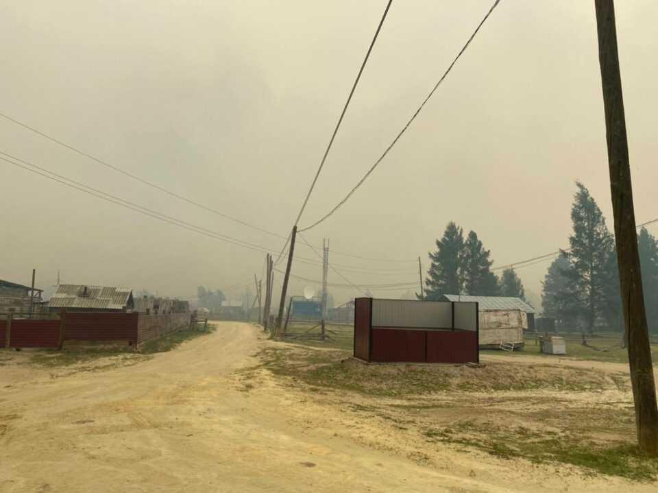 Более 30 домов пострадали от пожара в деревне Бясь-Кюель в Республике Саха