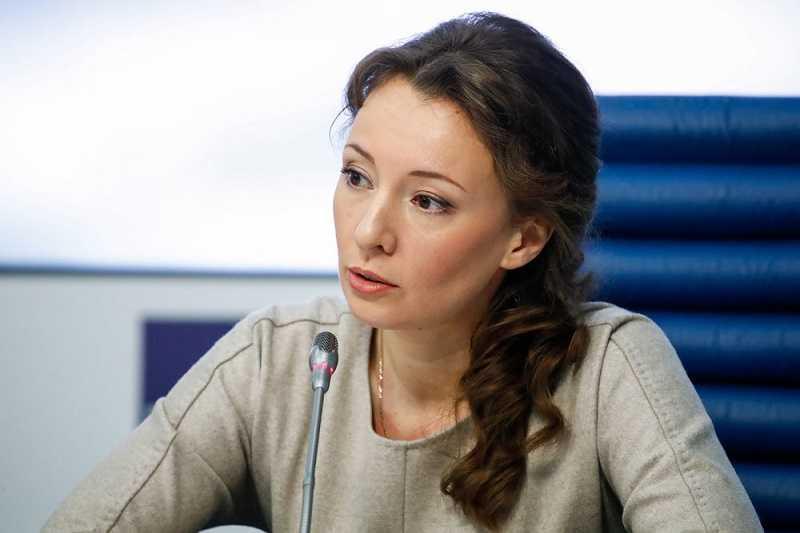 Начало учебного года в школах РФ пройдет в очном формате