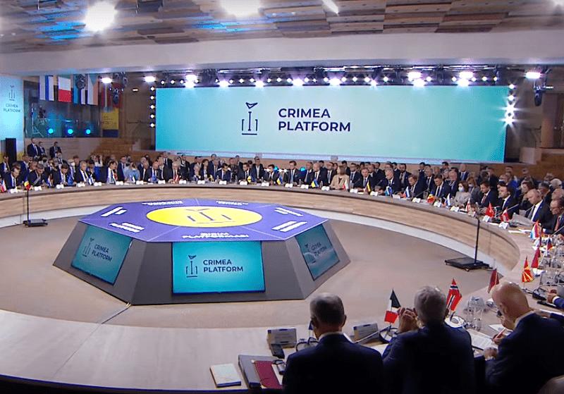 Зеленский вновь заговорил о территориальной принадлежности Крыма