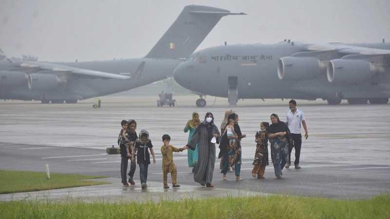 В МИД РФ сообщили, что талибы помогали с эвакуацией россиян из Афганистана