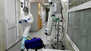 Столичный врач рассказал о наиболее опасном способе передачи COVID-19