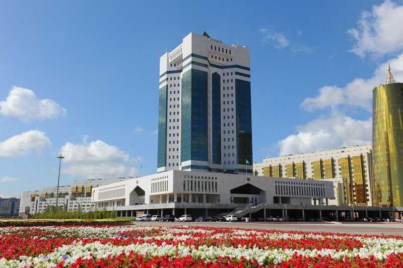 Казахстан крайне возмущен русофобией по отношению к носителям русского языка
