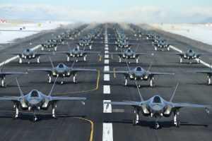 Рутинные операции ВВС США в мире под угрозой из-за Китая и России