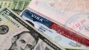 В МИД обвинили США в манипуляции с визами