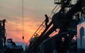 Ударит ли полный отказ Европы от нефти и газа по России?