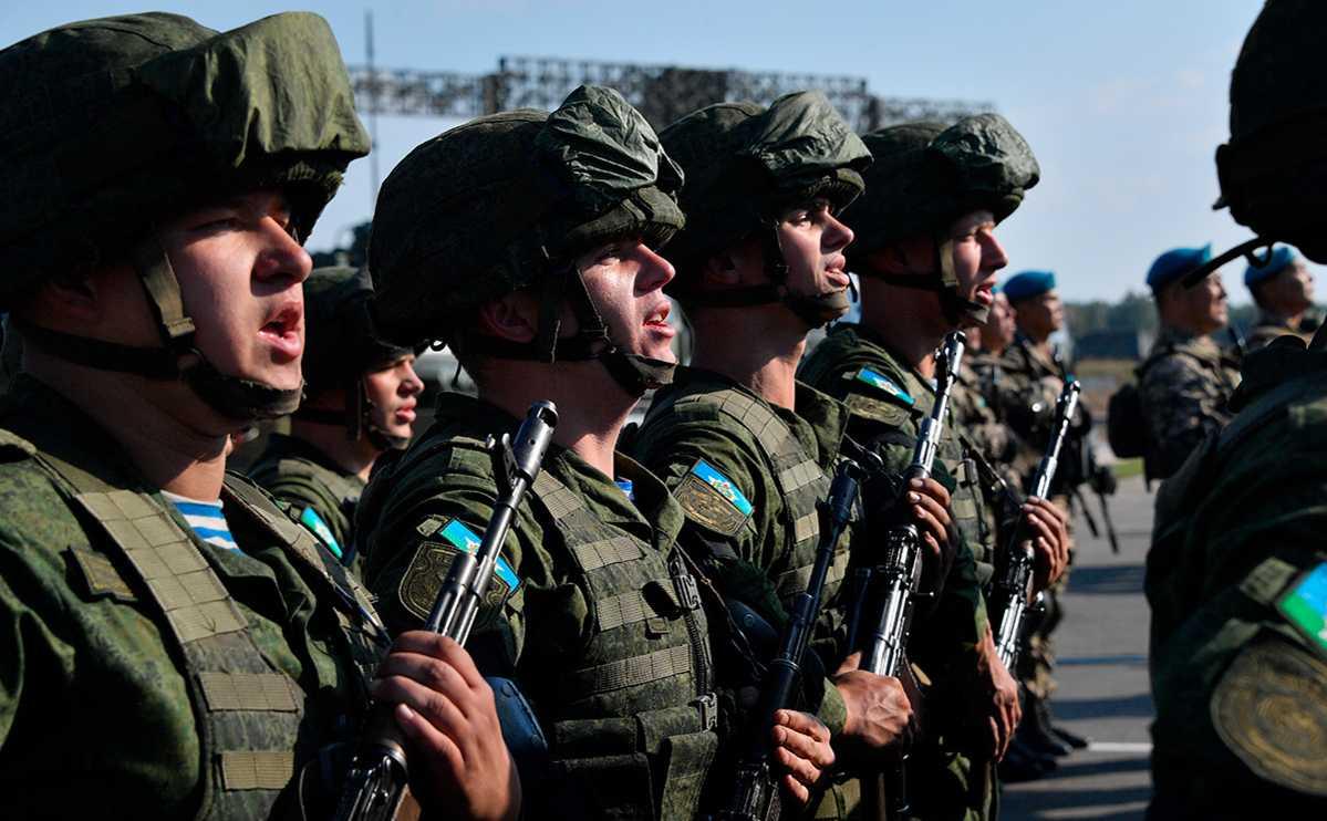 Эксперт предположил, для чего НАТО демонизирует российско-белорусские учения