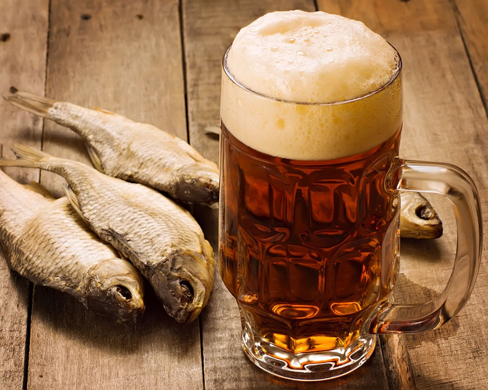 Московский нарколог объяснил, почему пиво особо опасно для мужчин