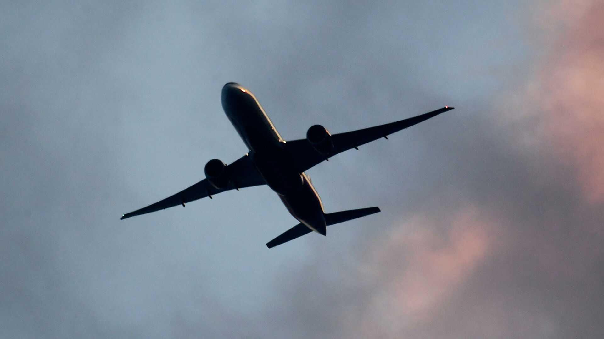 Эксперт оценил, чем может обернуться возобновление авиасообщения с Афганистаном