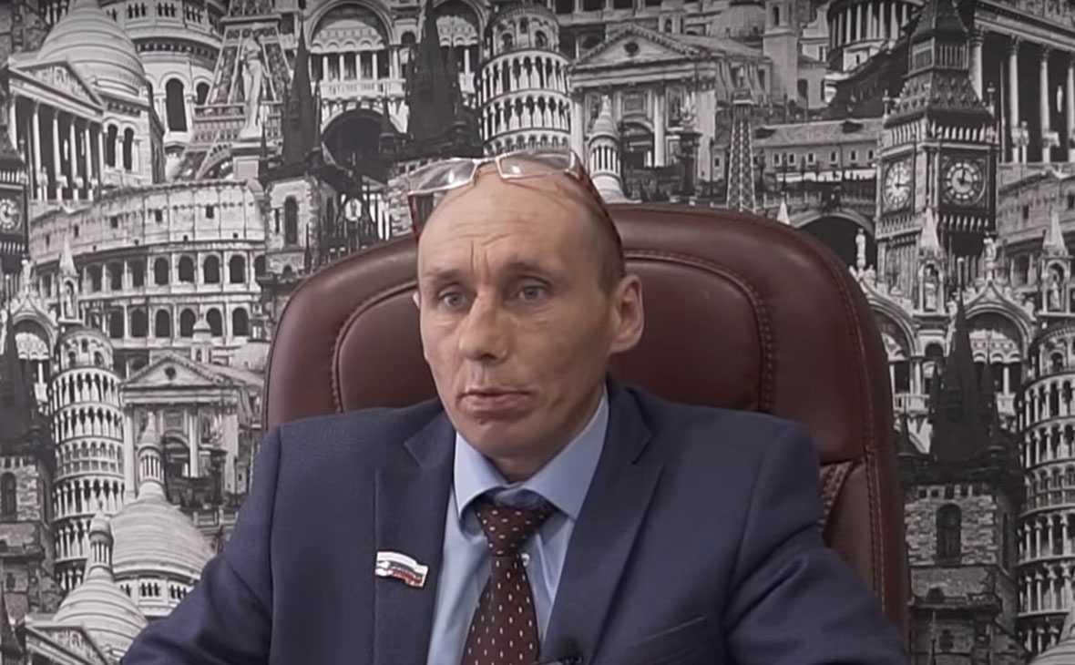 Актрису арестовали на 10 суток за пародию на генерала МВД Ирину Волк