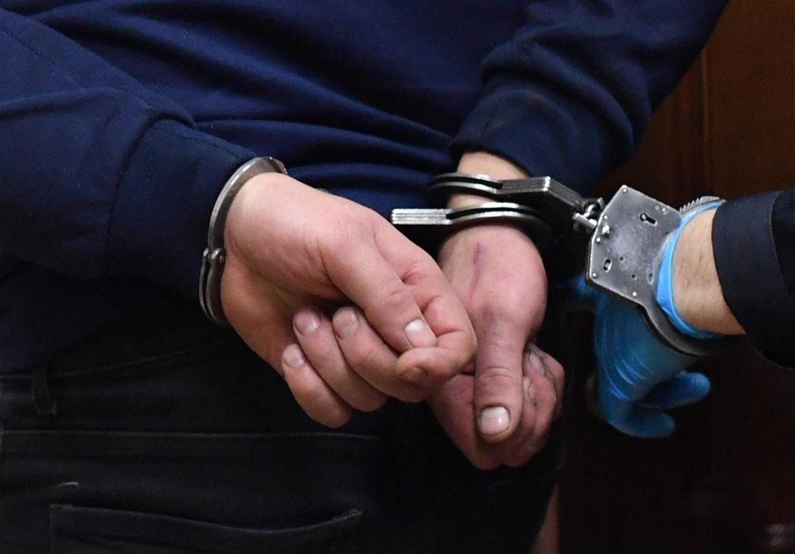 В Дагестане задержали шесть чиновников, подозреваемых в мошенничестве
