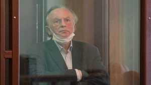 Понасенков рассказал, кто покровительствует историку-расчленителю Соколову