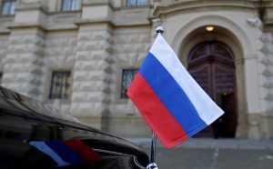 Российское посольство потребовало убрать с испанских улиц баннеры о русских девушках