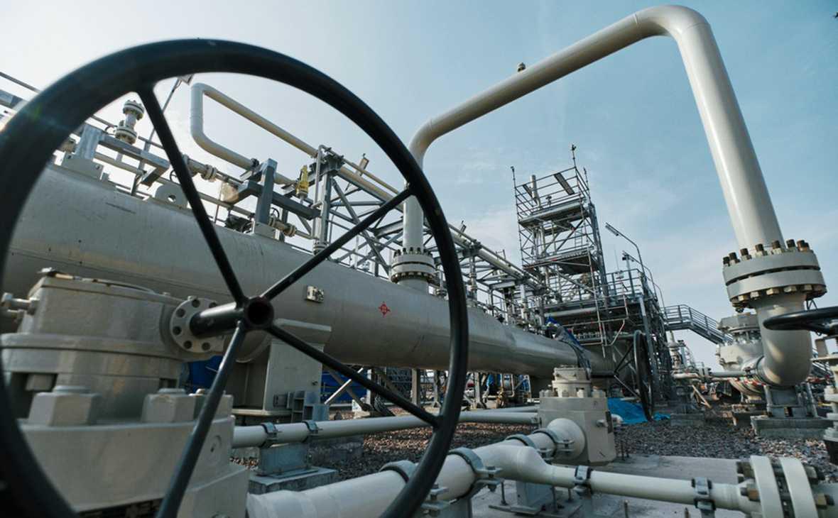 Бывший президент Украины Петр Порошенко выступил на заседании Верховной рады. Свою речь он посвятил окончанию строительства газопровода «Северный поток – 2».