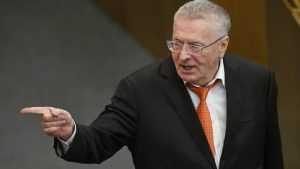 «Вы шутите мрачновато»: Путин о шутках Жириновского