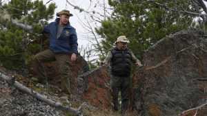 Песков пошутил про уровень безопасности Путина в тайге
