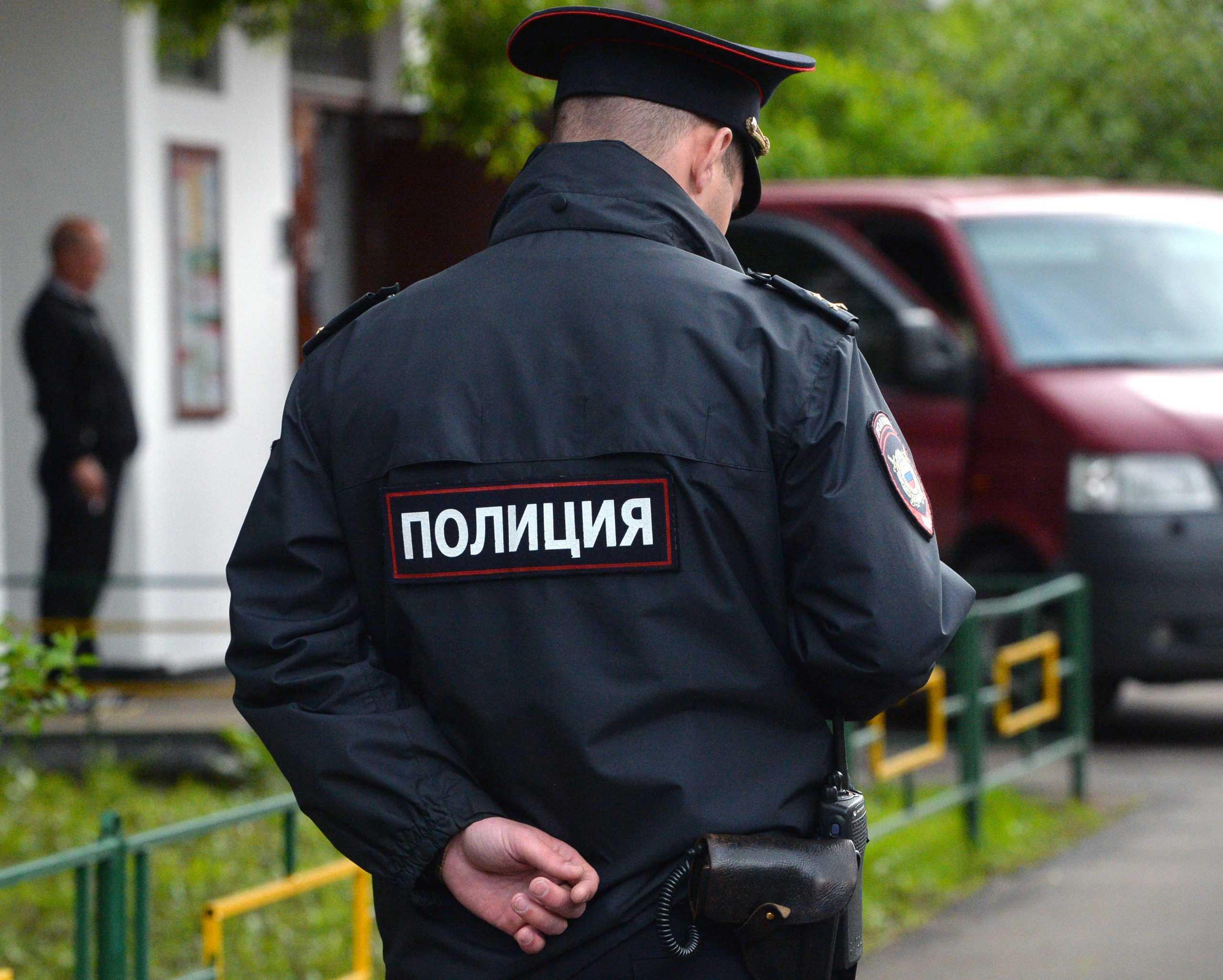 Под Москвой задержан мужчина, душивший маленькую девочку на улице