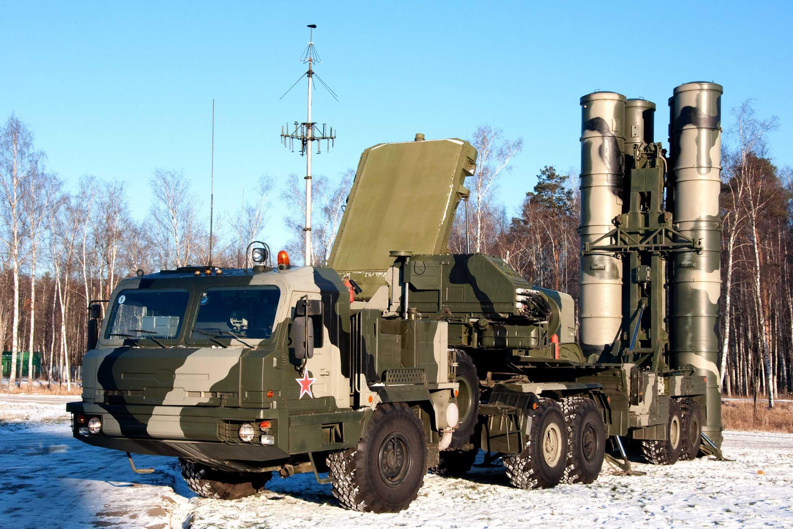 Лукашенко о переговорах с Россией о поставках С-400