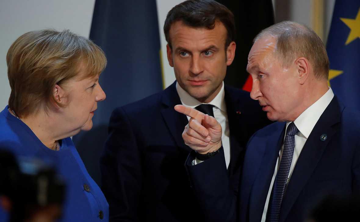 Путин провел телефонный разговор с Меркель и Макроном