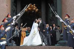 Шойгу распорядился наказать «почетный караул» на свадьбе Романовых в Петербурге