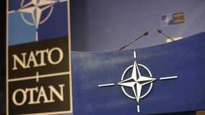 Глава НАТО объяснил, почему было сокращено количество российских дипломатов в Брюсселе