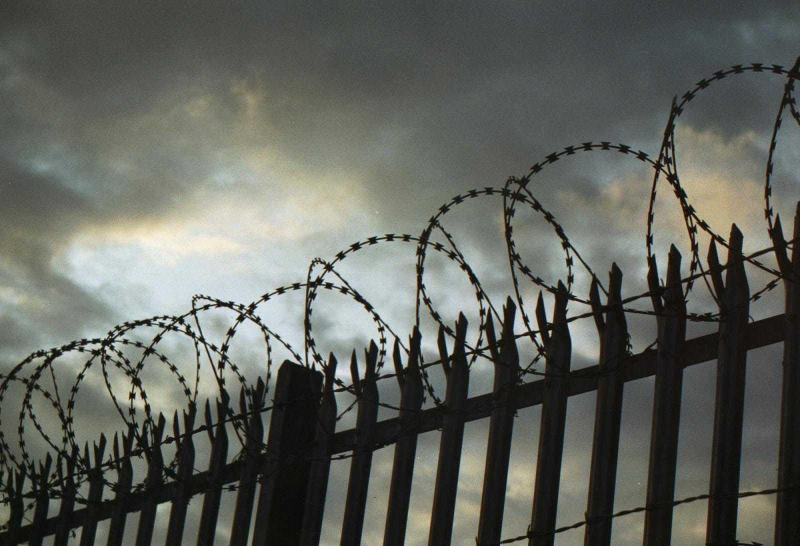 Двух пермских школьников посадят в тюрьму за изнасилования, убийства и поджог