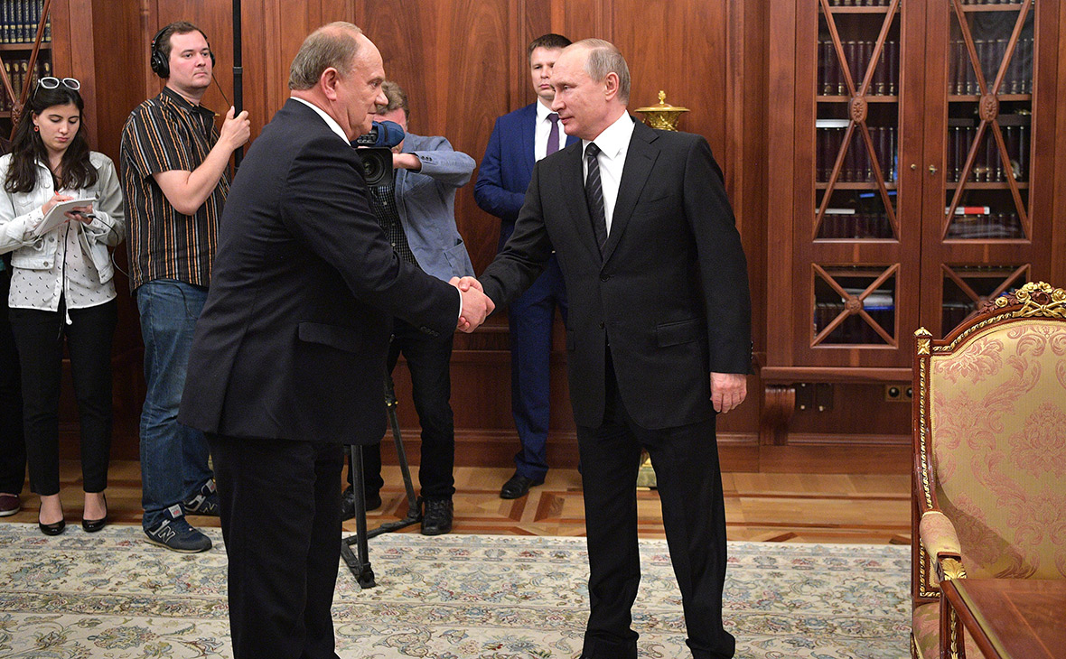 Зюганов обратился к Путину из-за участившихся задержаний представителей КПРФ